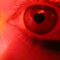 Způsobují vysoké dávky vápníku suché oko?