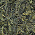 Zmírnění kopřivky pomocí zeleného čaje
