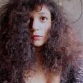 Suché akrepaté vlasy
